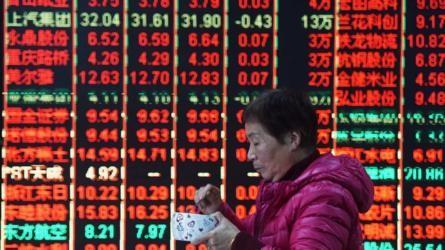 China stocks gain on trade war end hopes