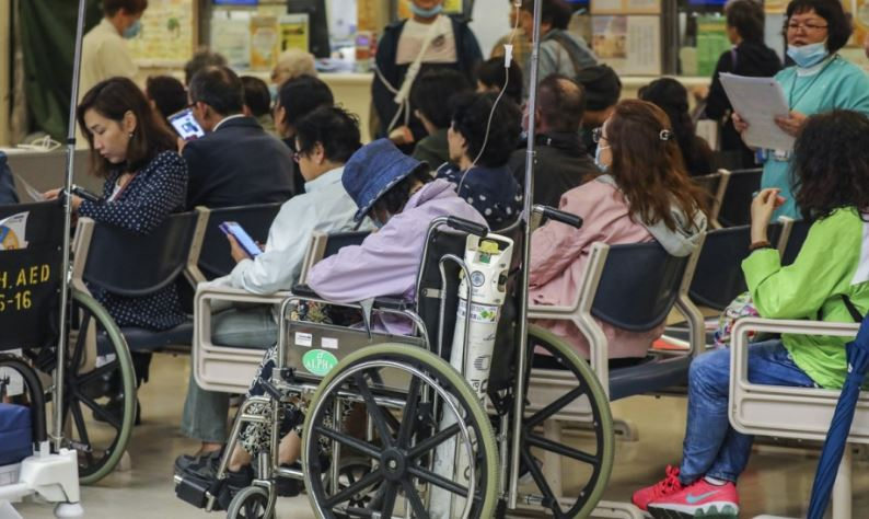 Rise in emergency fees at Hong Kong public hospitals fails to cut queues and waiting times