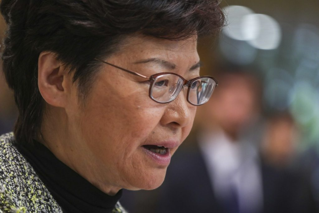 Chinese President Xi Jinping praises Hong Kong leader Carrie Lam's 'courage and commitment in unusual times', as he reiterates support for police